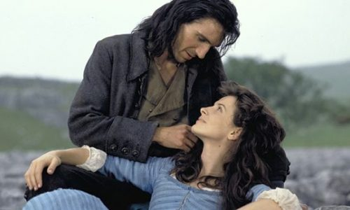 Cime tempestose: l'amore è tormentato nel classico di Emily Brontë