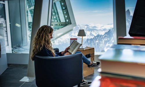 Sul Monte Bianco in compagnia di un buon libro: è nata la libreria più alta d'Europa